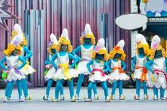 Smurfs dziewczyn tanczyć fotografia stock