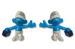 Smurfs ställa i skuggan den roliga leksaken Royaltyfri Foto