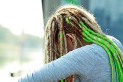 Smutna nastoletnia dziewczyna zdjęcie royalty free
