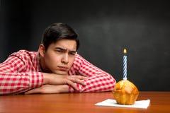 Smutna urodzinowa chłopiec Obrazy Royalty Free