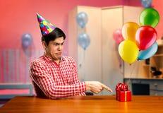 Smutna urodzinowa chłopiec Obrazy Stock