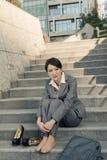 Smutny biznesowej kobiety odczucie bezradny Fotografia Stock