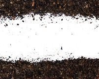 Smuts jordhög som isoleras på vit bakgrund fotografering för bildbyråer