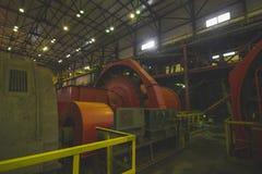 Smutsa ner kopparfabriken arkivbild