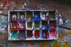 Smutsig färgpalett Arkivbilder