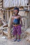 Smutsig fattig pojke för stående Mrauk U, Myanmar Arkivfoton