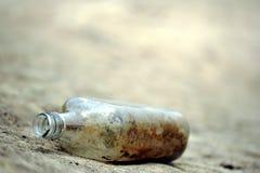 smutsig kust för flaska Royaltyfria Bilder