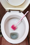 smutsig toalett Arkivfoton
