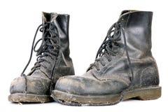 smutsiga gammala skor Fotografering för Bildbyråer