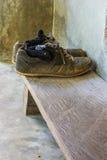 smutsiga gammala skor Royaltyfri Fotografi