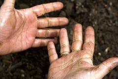 smutsiga händer Arkivfoton