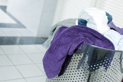 smutsiga handdukar Arkivfoton