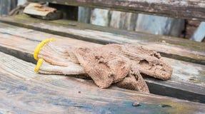 smutsiga handskar Fotografering för Bildbyråer