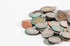 Smutsiga thai mynt arkivbilder