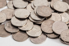 Smutsiga thai mynt arkivfoto