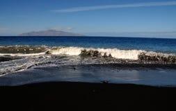 Smutsiga tidvattensströmvågor Arkivfoto