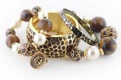 Smycke i djur stil Arkivbild