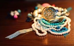 Smycken bordlägger Arkivfoton