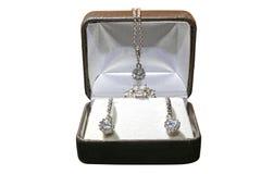 smycken för gåva för briljantbroschsmaragd Royaltyfri Foto