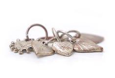 Smycken för valentinhjärtagarnering arkivfoton
