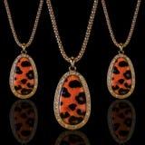 smycken Halsbandleopard Royaltyfri Fotografi