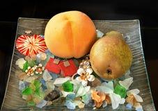 Smycken och frukt Royaltyfri Bild