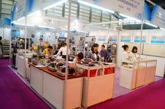 Smycken och jade som bearbetar maskineriutställningförsäljningar Royaltyfria Foton