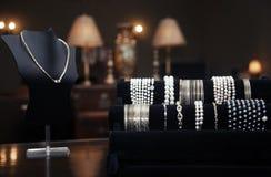 Smycken shoppar Arkivbilder