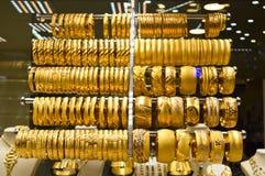 Smyckenlager i storslagen basar i Istanbul Fotografering för Bildbyråer