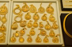 Smyckenlager i storslagen basar i Istanbul Royaltyfria Foton