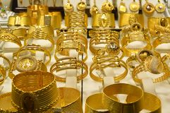 Smyckenlager i storslagen basar i Istanbul Royaltyfri Fotografi