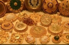 Smyckenlager i storslagen basar i Istanbul Arkivbilder
