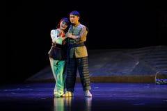 Smyga sig tillsammans den Jiangxi operan en besman Arkivfoton