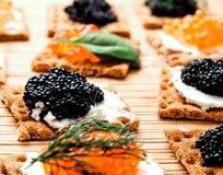 Snäcke mit Kaviar Lizenzfreies Stockbild