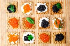 Snäcke mit Kaviar Stockfotografie