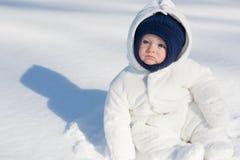 Snö behandla som ett barn Royaltyfria Foton