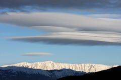 Snö-korkade berg i Gran Sasso, Italien Royaltyfria Foton
