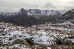 Snö korkade Glyderau Arkivbilder