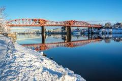 Snö och Broadway bro Royaltyfri Foto