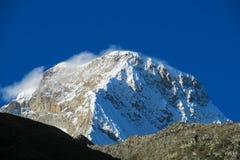 Snö och glaciar i bergen av Huascaran, Peru Arkivfoto
