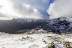 Snö på de Carneddau bergen Arkivbild