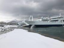 Snö vid havet Royaltyfria Bilder