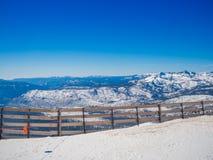 Snöa landskapet på Mammoth Mountain i Kalifornien, USA Royaltyfri Foto