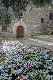 Snöa på Andorra la Vella arkivfoton