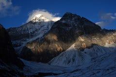 Snöberget av Konka Risumgongba Arkivfoto