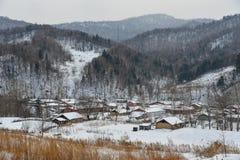 Snöby i det Mohe länet, Kina arkivbilder