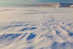 Snödrivor och kullar Fotografering för Bildbyråer