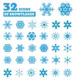 Snöflingor. En uppsättning av 32 symboler. Royaltyfri Fotografi