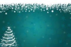 Snöflingor och julgranbakgrund royaltyfria foton