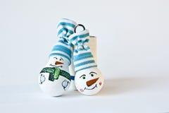 Snögubbe - handgjord julsouvenir Royaltyfri Foto
